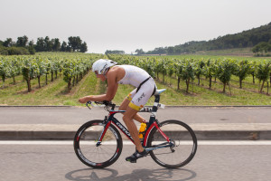 Rodolphe von Berg in azione nella frazione ciclistica